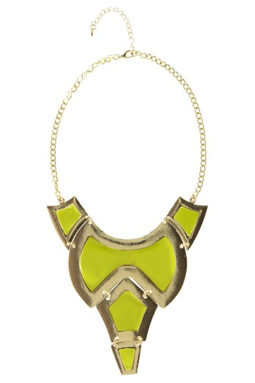 6$Gold Edged Statement Necklace boohoo